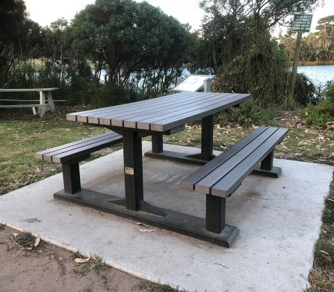 Outback Table Set