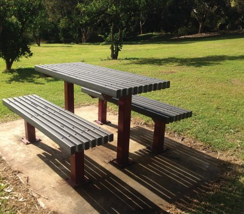 Refurbished Table Seat with WPC Slats